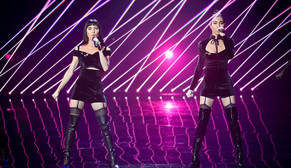 The Veronicas @ The Voice RTI NEO SIX LASERS